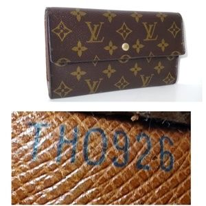 Auth Louis Vuitton Inter national Leather Wallet